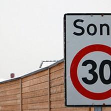 Husk 30 km/t på hele feltet!